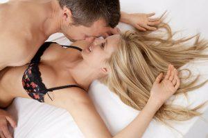 Đàn ông có thích phụ nữ nhiều lông mu? Lông mu nhiều thì quyến rũ không?