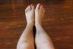 Lông chân nhiều có ý nghĩa gì? (Dành cho nữ giới)