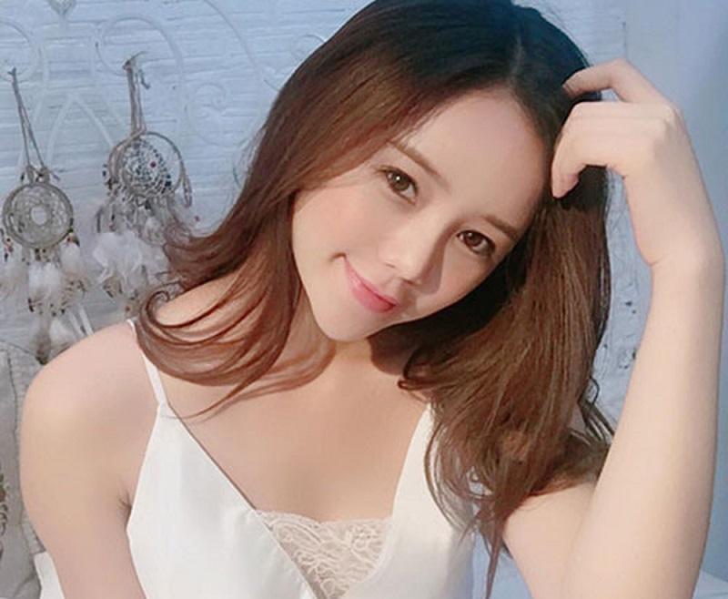hot girl quỳnh kool