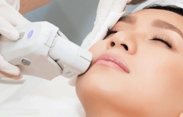 Viêm lỗ chân lông trên mặt, trị viêm lỗ chân lông trên mặt, viêm lỗ chân lông trên da mặt, cách chữa viêm lỗ chân lông trên mặt, cách trị viêm lỗ chân lông trên mặt, viêm lỗ chân lông ở mặt, viêm nang lông ở mặt, viêm chân lông ở mặt, viêm lỗ chân lông mặt, mụn viêm chân lông, viêm nang lông mặt, cách chữa viêm nang lông ở mặt, viêm nang lông ở mặt là gì, da mặt bị viêm lỗ chân lông, cách trị lỗ chân lông ở mặt, chữa lỗ chân lông to ở mặt, Viêm lỗ chân lông trên mặt là gì, xử lý viêm lỗ chân lông trên mặt, nguyên nhân viêm lỗ chân lông mặt, dấu hiệu viêm lỗ chân lông mặt, phương pháp điều trị viêm lỗ chân lông ở mặt