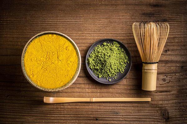 Triệt lông bằng bột nghệ và đậu xanh