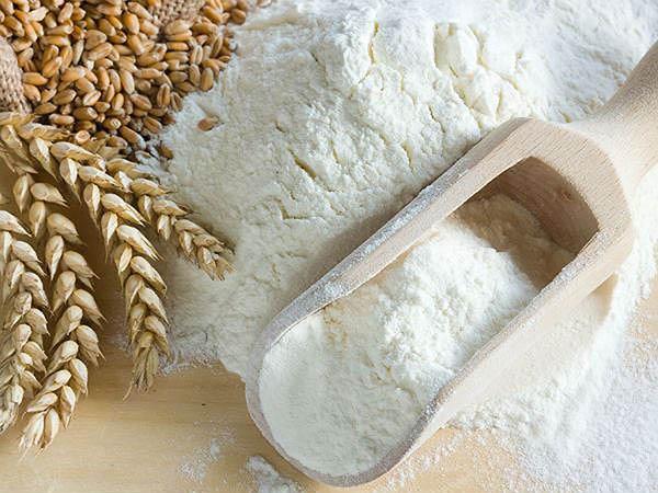 Triệt lông bằng bột mì và đường nâu