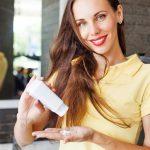 Cạo lông mặt bằng phấn rôm | Tuyệt chiêu bảo vệ da cho các chị em