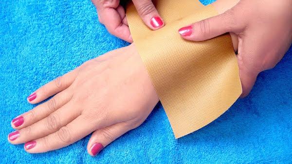 cạo lông tay đúng cách, cách cạo lông tay tại nhà, sau khi cạo lông tay nên làm gì, cạo lông tay bằng dao lam, cạo lông tay bằng dao cạo râu, cạo lông tay đúng cách tại nhà, cạo lông tay đúng cách an toàn, cách cạo lông tay tại nhà an toàn, cách cạo lông tay tại nhà hiệu quả nhất