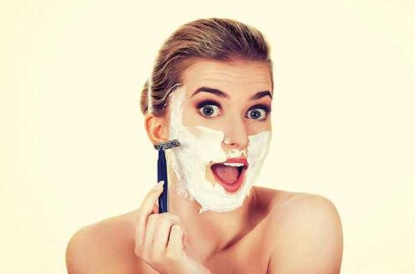 Cạo lông mặt có ảnh hưởng gì không? Làm thế nào để gương mặt bừng sáng?