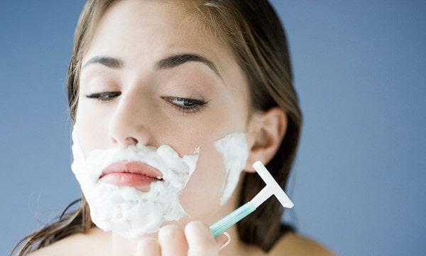 Cạo ria mép có sao không? | Gợi ý cách triệt ria mép hiệu quả nhất 2020