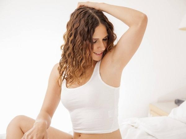 con gái tuổi dậy thì có nên nhổ lông nách, có nên nhổ lông nách ở tuổi dậy thì không, nhổ lông nách ở tuổi dậy thì có nên không, nhổ lông nách ở tuổi dậy thì có an toàn không, nhổ lông nách ở tuổi dậy thì có sao không