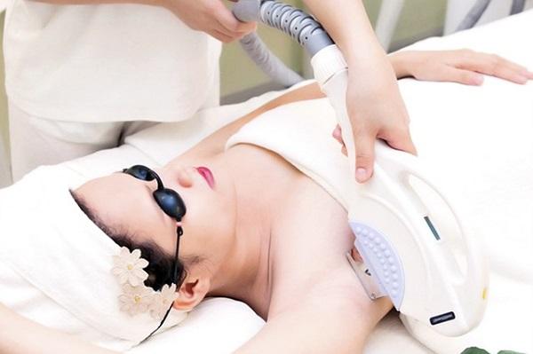 dùng wax lông có tốt không, wax lông có tốt không, wax lông có an toàn không, wax lông có ảnh hưởng gì không, wax lông có tác hại gì, wax lông có tác dụng gì