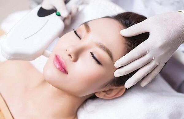 Có nên triệt lông mặt không webtretho? Đâu là phương pháp triệt lông mặt được ưa chuộng nhất?