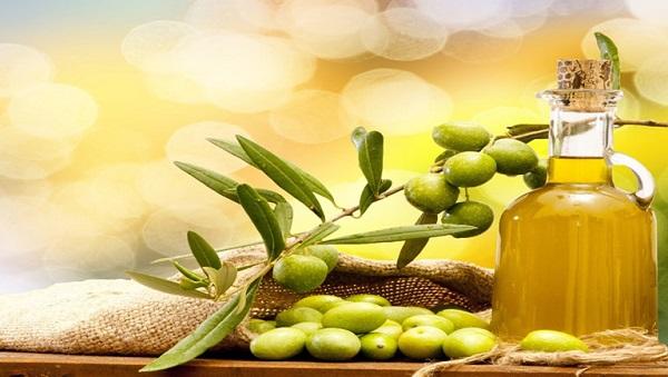 cách trị thâm nách bằng dầu oliu, trị thâm nách bằng dầu oliu, chữa thâm nách bằng dầu oliu, trị thâm nách với dầu oliu, dầu oliu giúp chữa thâm nách an toàn