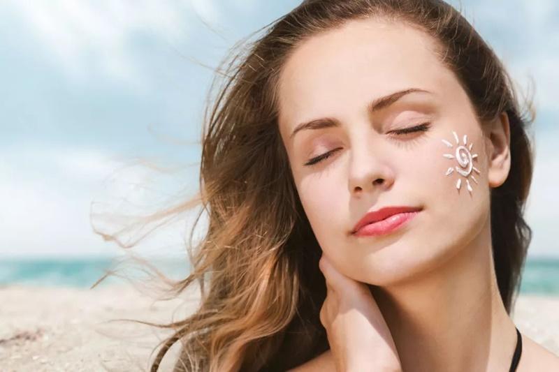Cách chăm sóc da mặt sau khi triệt lông